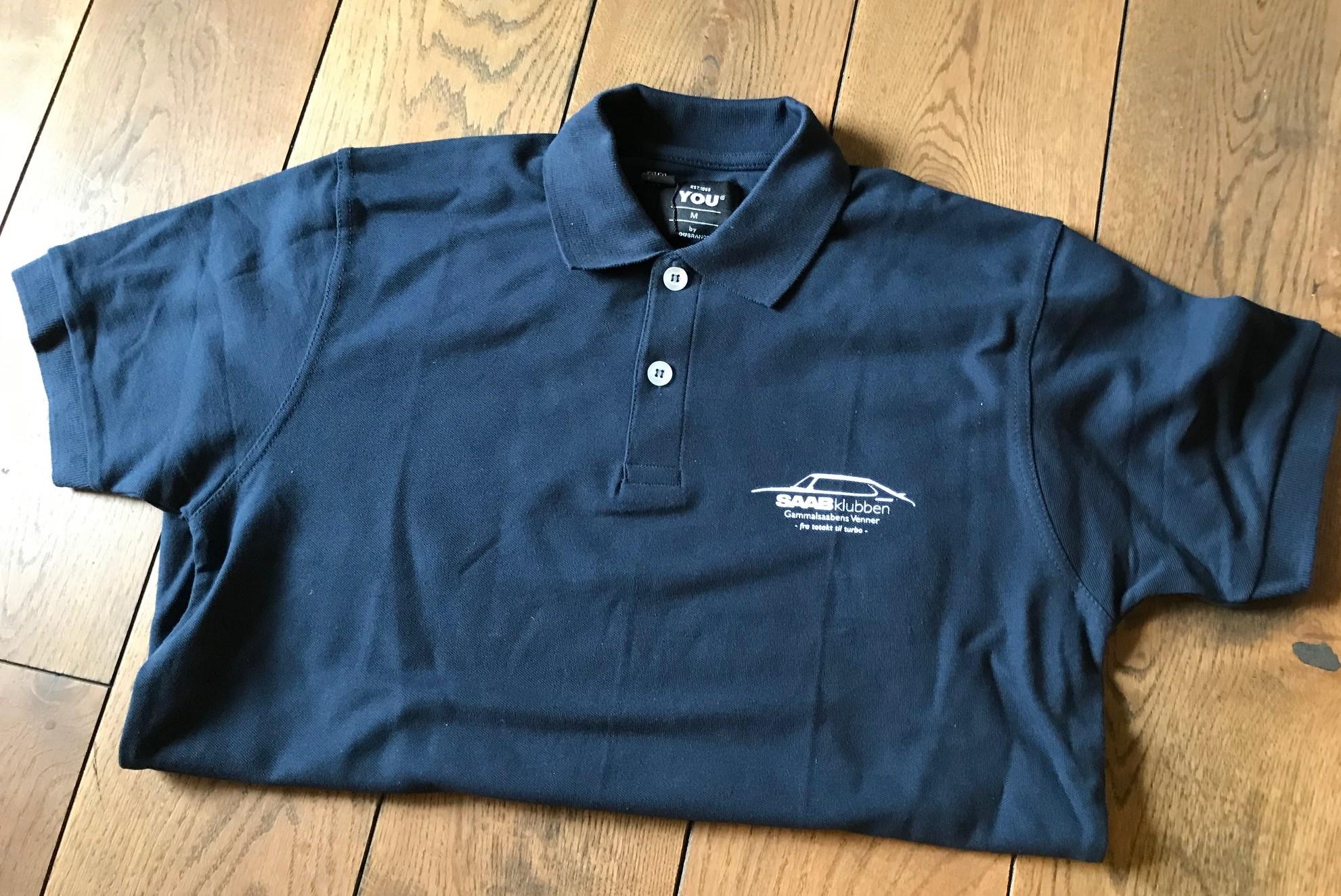 f2a9d619 GSV piquet-skjorte Blå (ny logo) - Gammalsaabens Venner